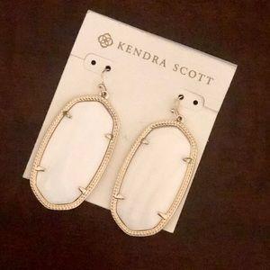 Kendra Scott Gold (Danielle) Drop Earrings - White
